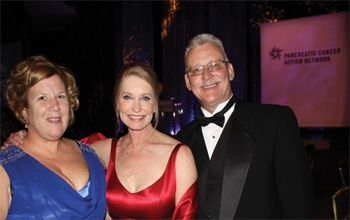 Mariann and Ralph with Patrick Swayze's wife, Lisa Niemi Swayze in LA, October 30 at the fundraising Gala for the Pancreatic Cancer Action Network